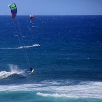 Kite Surfing at Ho'okipa Beach